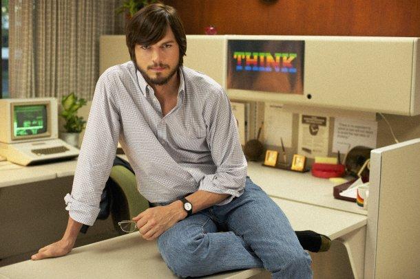 Ashton Kutcher interpretando al gigante de Apple
